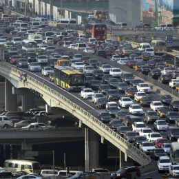 China joins the list of countries planning to ban fossil fuel vehicles!